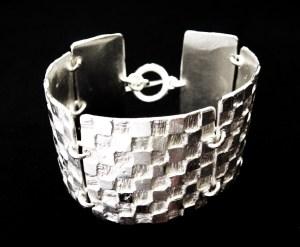 Bracelet by HISSAR CRÉATION